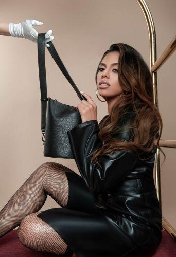 Dinah Jane (2)