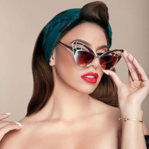 Dinah4